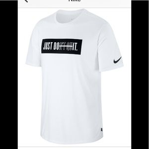 Nike Men's Dry Training Graphic T- Shirt